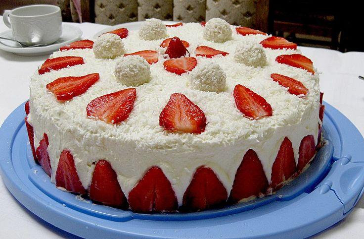 Beste Rezeptesammlung: Erdbeer-Raffaello-Torte