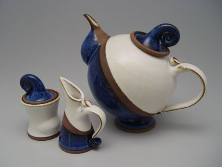1000 ideas about contemporary teapots on pinterest tea for Cool ceramic art