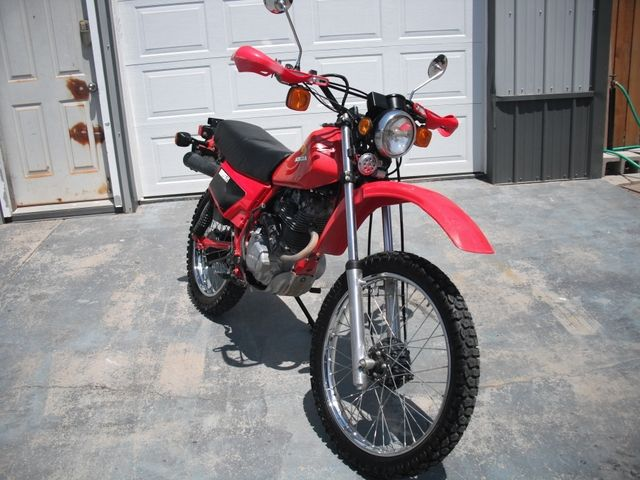 $1,800.00 - 1983 Honda Enduro XL185S street legal dirt bike 4-stroke