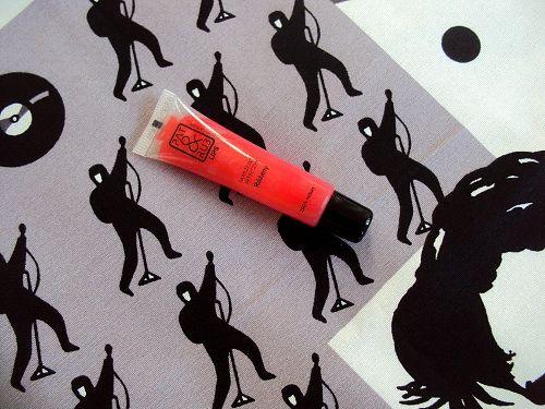#lips #natural #cosmetics #rosedamask #rosedamascena #caringlip #patandrub