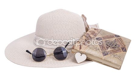 Sun hat, sunglasses, notebook — Стоковое фото © mtv2020 #72787187