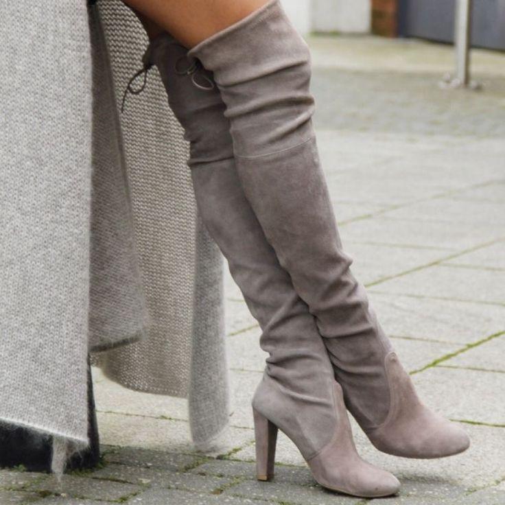 ❣️Must have di questo inverno❣️ Maxi stivali sopra il ginocchio qui in versione tacco 8cm perfetti da indossare tutti i giorni, super comodi e in morbido scamosciato ❤️  ✅ Prenota i tuoi maxistivali qui: dream-shop.it/scarpe-donna.html#scarponcini ✅ Pagamento anche alla consegna