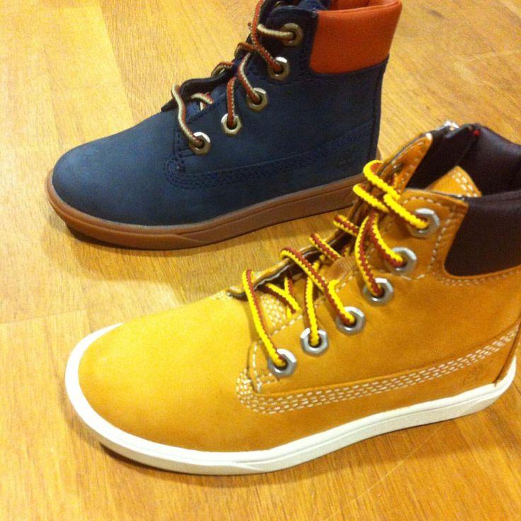 Pour Noël pensez aux chaussures #Timberland enfant ! Modèles du 20 au 40 en magasin et sur www.shop-nantes-atlantis.fr ! #kids #noel #gift #shoes #wheat #navy #sneakers #winter #Nantes