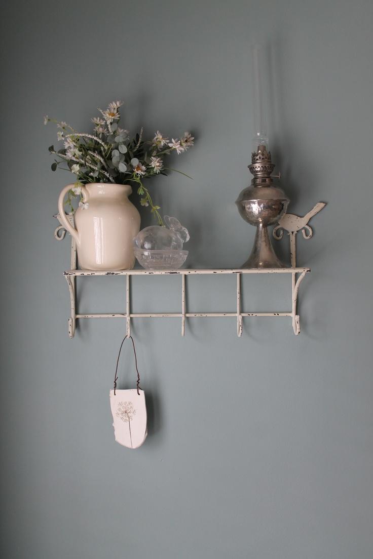 Shelf display idea