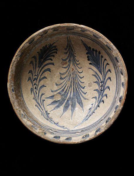 Bowl  Iznik, Turkey   1450-1500   Earthenware, slip and painted in cobalt blue, glazed  London, V, C.17-1982
