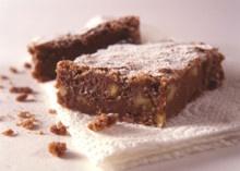 Den beste brownien, med finhakket salte peanøtter!