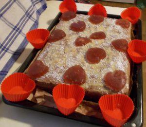 Gumicukor torta mogyorós kakaós krémmel
