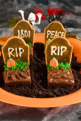 Inspiration Wednesday: 20 Deliciously Scary Halloween Treats | PerpetuallyDaydreaming