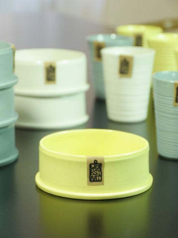 Modern porcelain bowl, minimalistic kitchen ware, contemporary ceramic plate, minimal design bowl, stackable small bowl, ROHR110