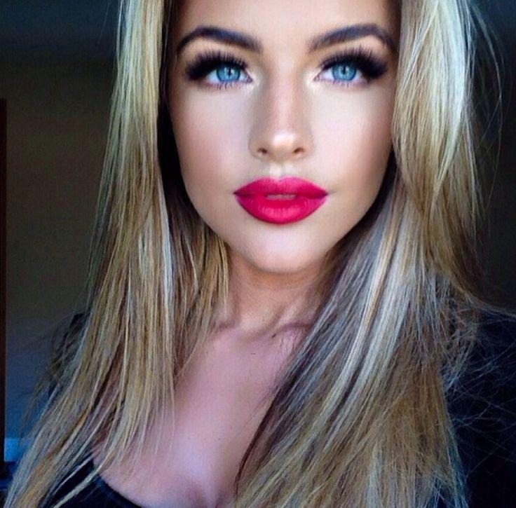 Long Hair | Makeup | Hair Extensions | Hair Color | Beautiful Women | Sexy Girls | Ciao Bella Hair | Venus Hair | Lingerie | Swimsuit Models | Bikini Models | Glamour Models | Celebrity