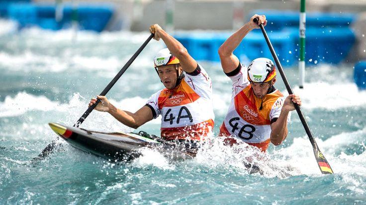 Die Goldmedaille vor Augen haben Franz Anton/Jan Benzien im Canadier-Zweier einen Podestplatz doch noch knapp verpasst. Olympiasieger wurden die Slowaken Ladislav und Peter Skantar.