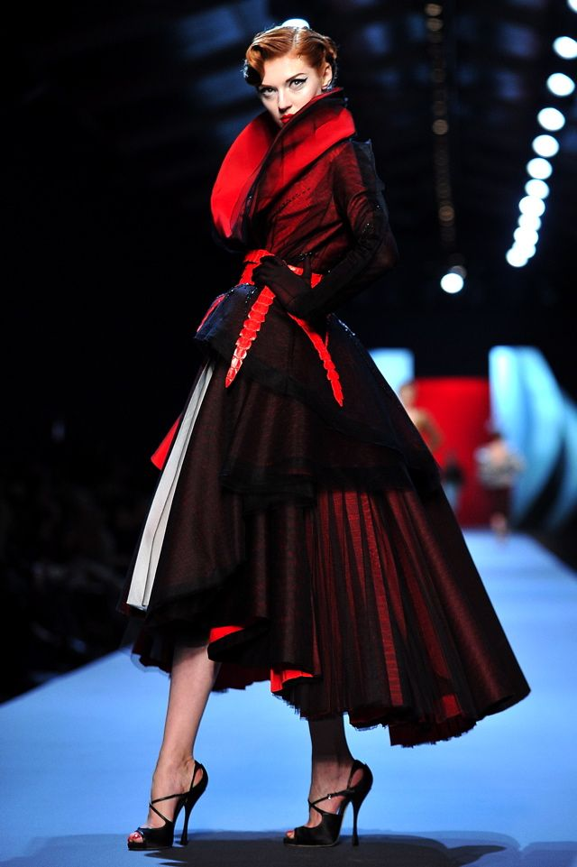 femme fatale - LOVE the hemline with those shoes! Red thru black is intriguing for the eye...: