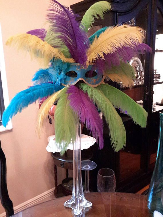 Get ostrich feather centerpieces ideas on pinterest