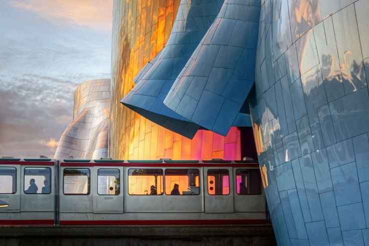 Seattle Monorail, 18 Surreal City Photos