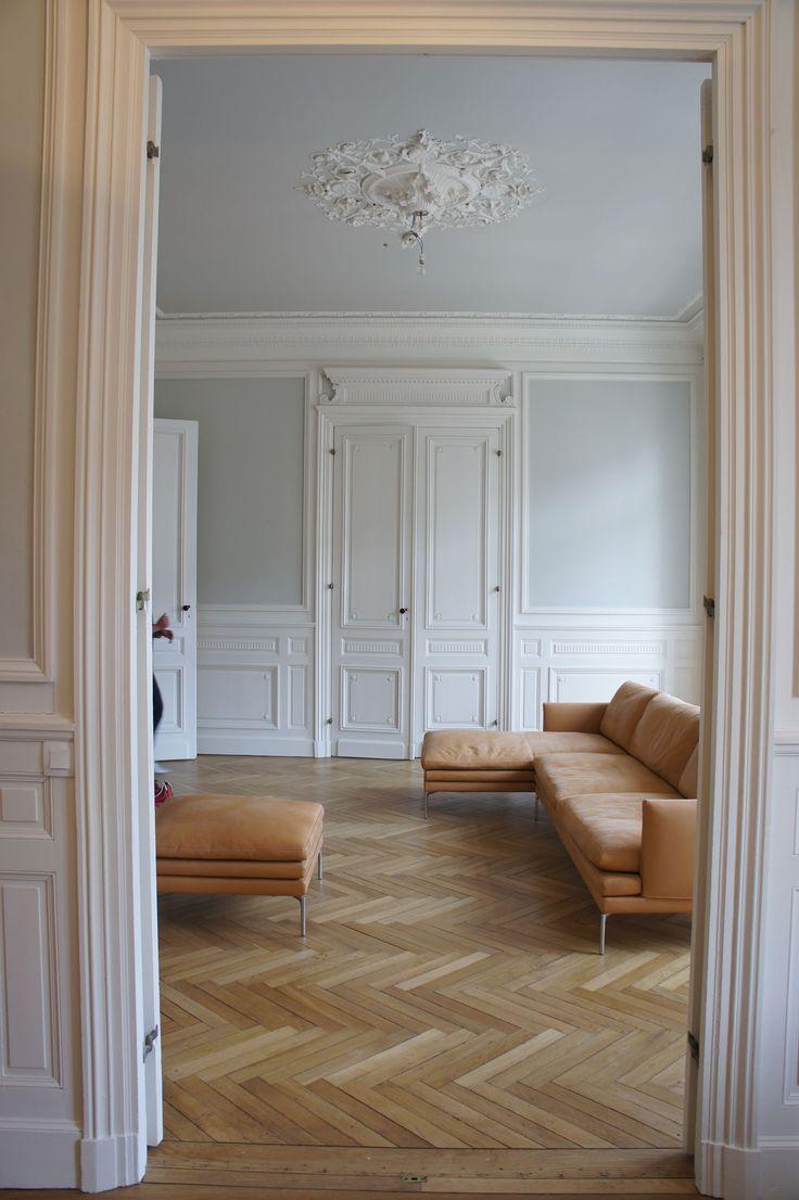 les 52 meilleures images propos de haussmann sur pinterest chemin es moderne et tages. Black Bedroom Furniture Sets. Home Design Ideas