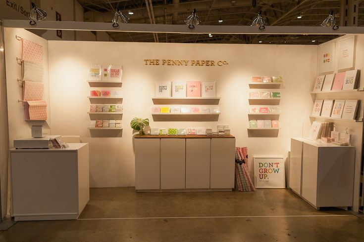 Simple and sublime booth from Penny Paper Co at #OOAKS16