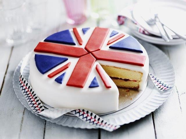 i wish i had the fondant skills to make this for the opening ceremonies party.