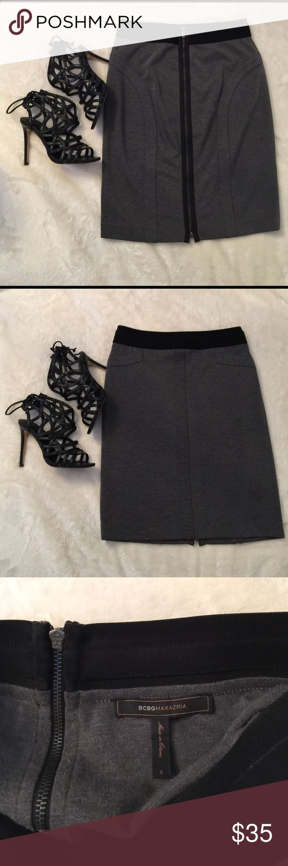 BCBG zip up skirt🍂 Super classy staple piece! Purchased at the BcbgMaxazria store, size small but fits a medium as well- has some stretch to it. in good condition! BCBGMaxAzria Skirts Pencil