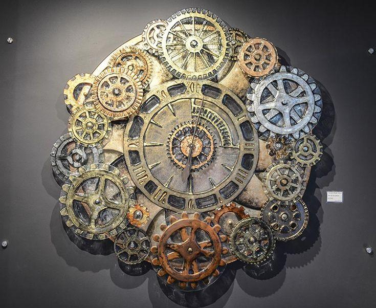 http://glassartgallery.com.au/portfolio/steam-punk-clock/