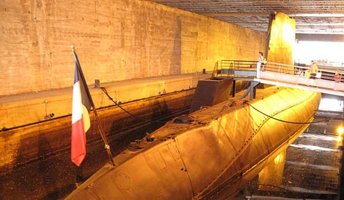 Espadon was a Narval-class submarine of the French Navy. Along with her sister ship Marsouin, she was the first French submarine to steam under sea ice. She is ... Get more information about the Espadon on Hostelman.com #attraction #France #museum #travel #destinations #tips #packing #ideas #budget #trips
