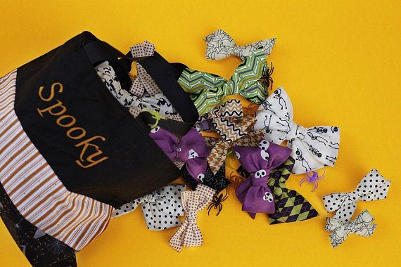 Halloween Hair Bow collection 2017  Hand crafted & Hand tied from 100% high quality cotton fabric. Your choice of either a right sided alligator hair clip or soft nylon beige headband, please select in options drop down.  Style: Pixie  Name: Full Moon  Size: approximately 5 x 4