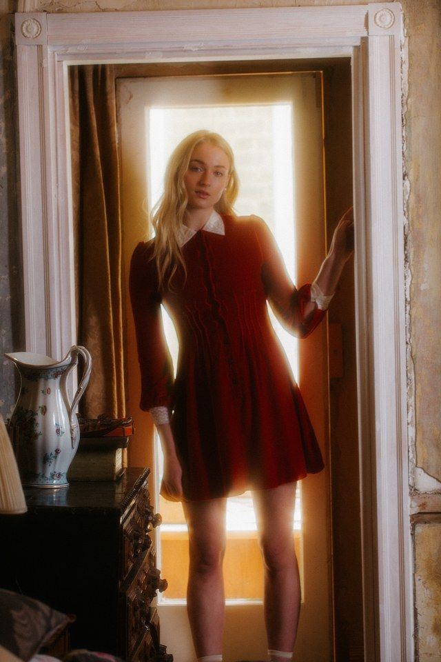 For Sophie Turner, the Scariest Part of Playing Sansa Stark in Game of Thrones Was Dying Her Hair | W Magazine