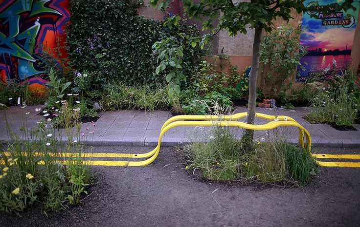 Hampton Court flower show: Double yellow lines form a bench in The Edible Bus Stop garden