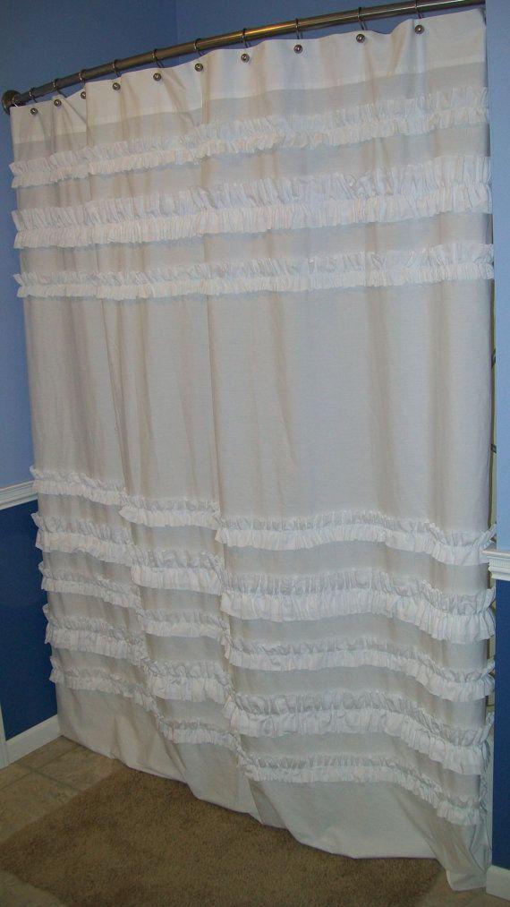 Custom de rideau de douche faite de volants volantée blanc Designer Fabric si jolie