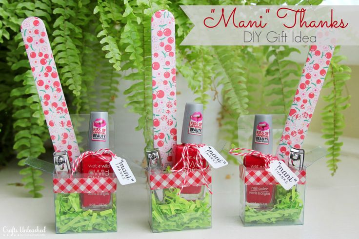 Mani Thanks Manicure Set DIY Gift Idea via craftsunleashed.com Could be a teacher appreciation gift, bridesmaid gift, hostess gift...