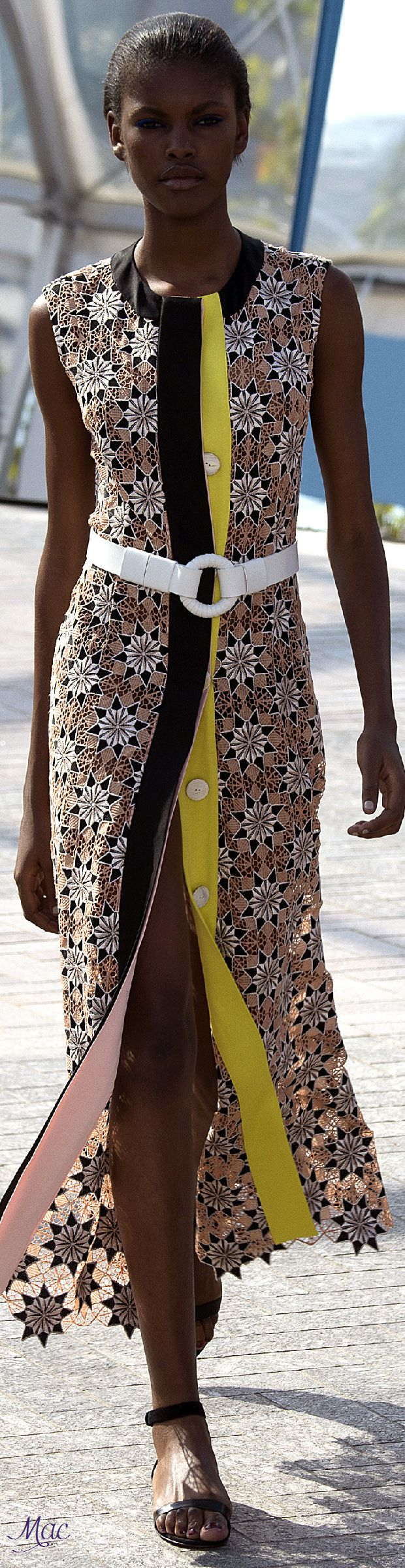 Spring 2016 Ready-to-Wear Jonathan Saunders