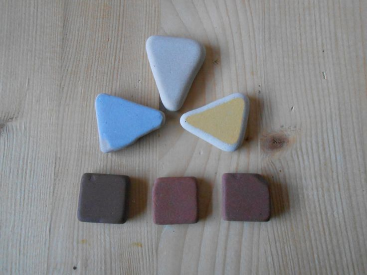 Sea pottery, Fantasy mix beach pottery shards, small pastel triangles brown squares, pebble art#decor#craft#DIY projects#6 pieces   lotto243 di lepropostedimari su Etsy