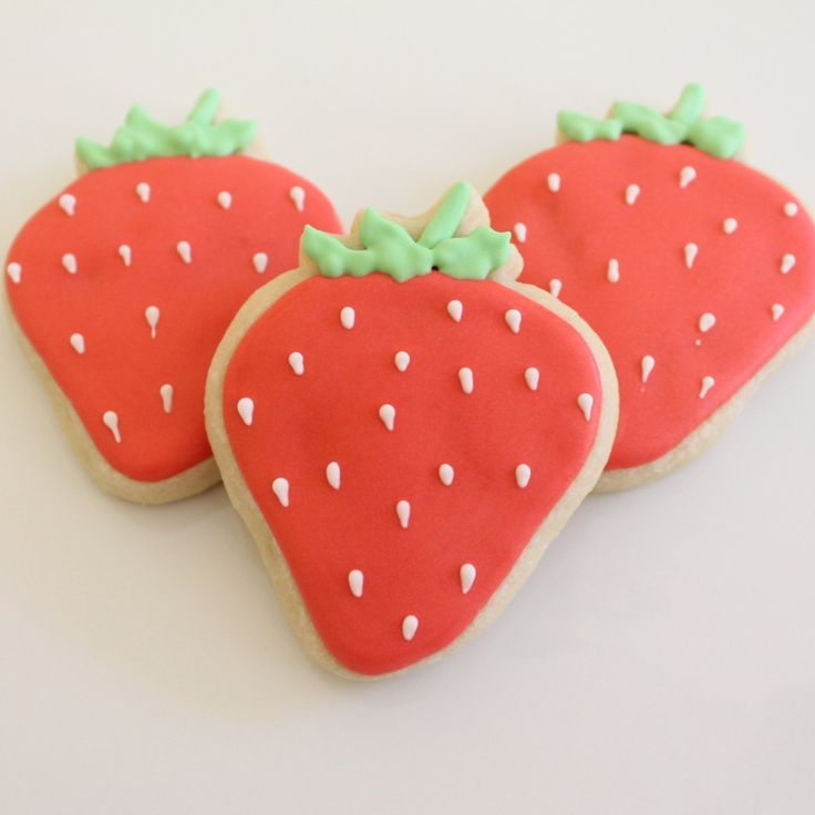 Strawberry Cookies  http://georgiapapadon.com/