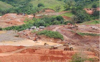 Gobierno está auditando la Barrick; sabrá la cantidad de metal extraído - Cachicha.com