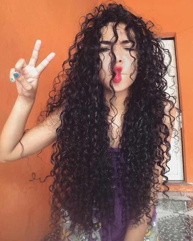 29+ Sorprendentes Peinados con Rulos que Desearu00e1s Tener A muchas chicas les…