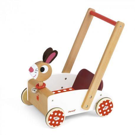 Chariot de marche lapin Le chariot Crazy Rabbit de Janod est un superbe chariot de marche qui permettra à bébé de transporter de nombreux jouets à travers