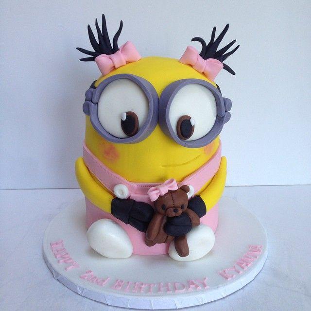 Deliciosa torta para celebración de cumpleaños Minions. #tarta #Minions