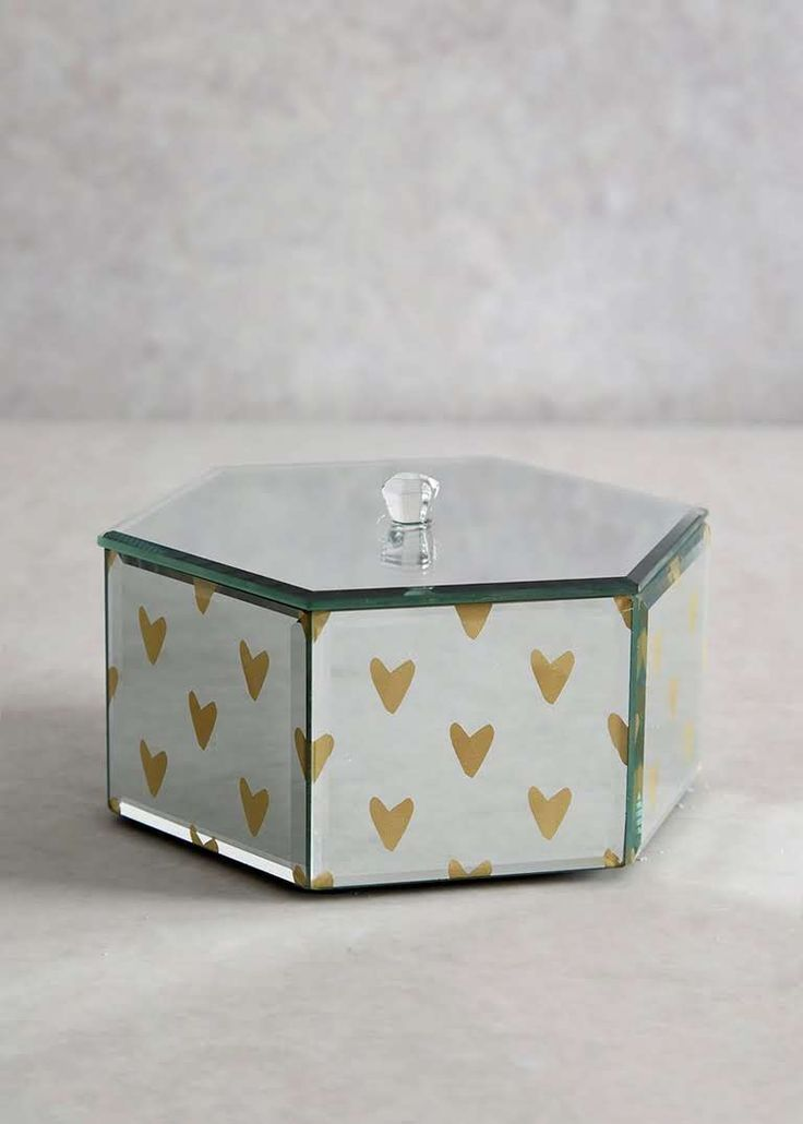 Heart Print Mirrored Jewellery Box (15cm x 13cm x 7cm)