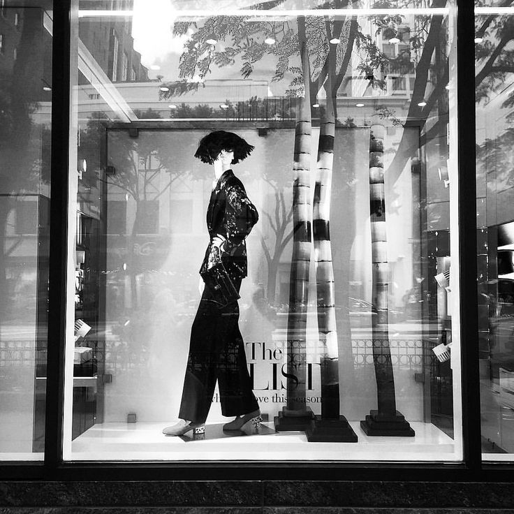 "SAKS FIFTH AVENUE, Chicago, Illinois, ""Fresh Start"", (What we love this season), photo by  Kristin, pinned by Ton van der Veer"
