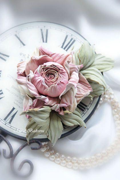 """Брошь из кожи """"Пудровая роза 2"""" - разноцветный,бледно-розовый,роза,роза из кожи"""