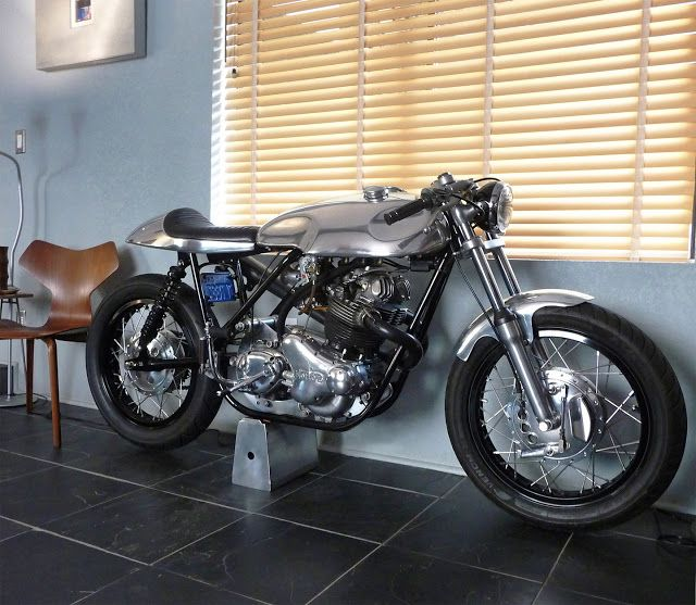 Ed Norton Commando Cafe Racer ~ Return of the Cafe Racers