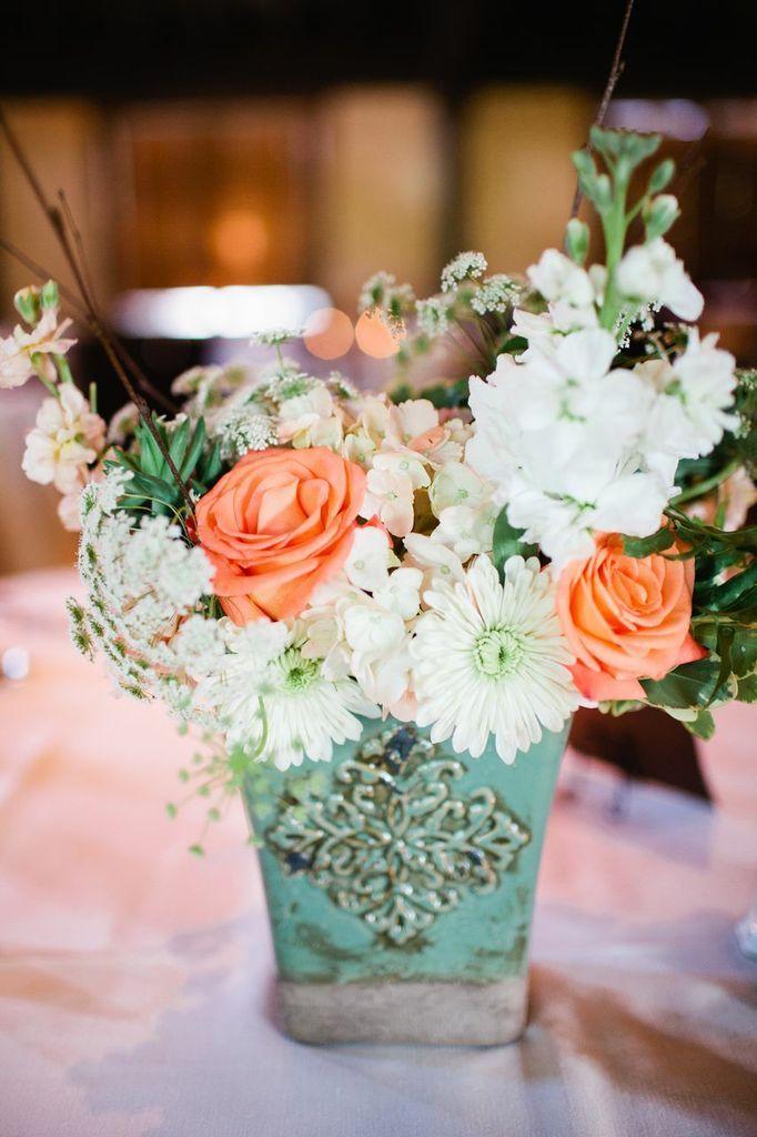Peach and mint wedding centerpiece.  Via Garden Gate Florals and Shannon Lee Miller Photography-Orlando. #peachweddingflowers