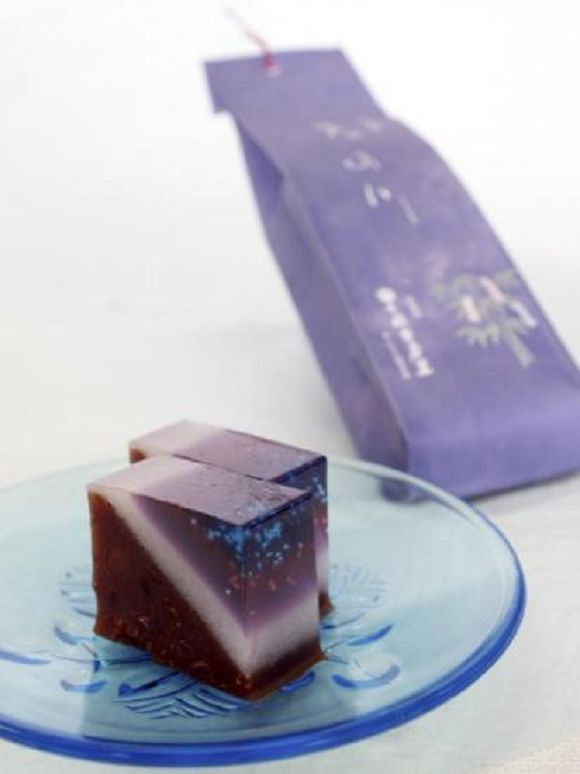Beautiful Milky Way red bean gelatin, Japanese sweets for the Tanabata star festival