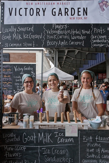 lazy Sundays at the new amsterdam market in south st sp, New York city.  Farm kerchiefs, braids and beautiful smiles go a distance in creating the brand! PopUp Republic