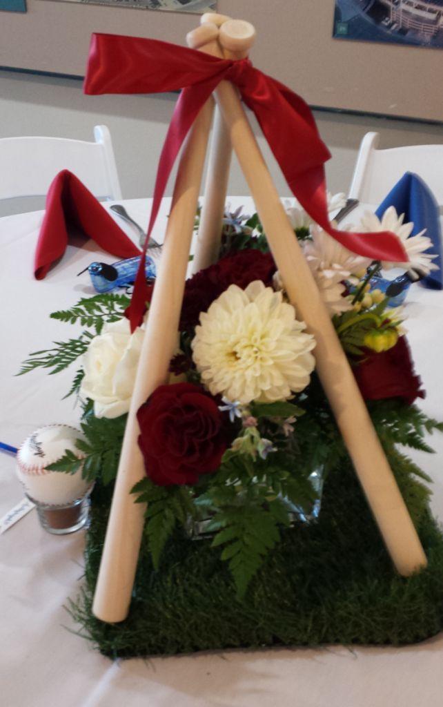 baseball wedding centerpieces | Baseball Themed Wedding Table Centerpiece! (Could work for baseball ...