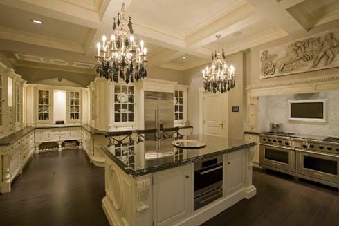 white kitchen+wood floors