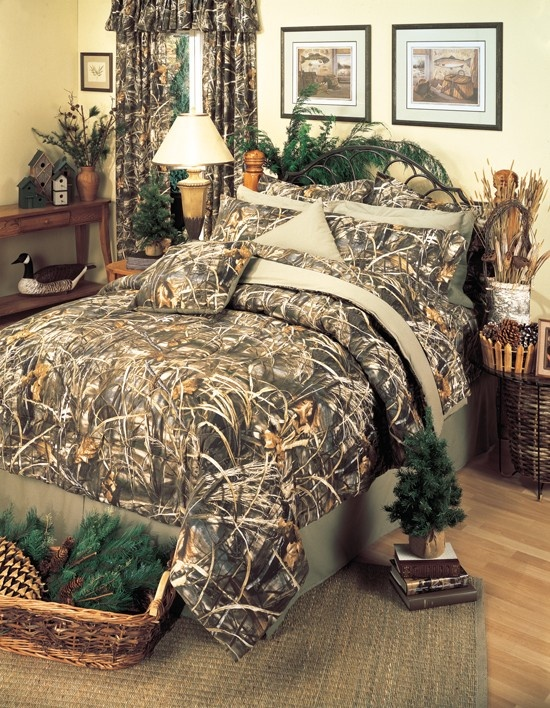 Max-4 Camo Comforter Set - reversible, so the other side is solid cream.
