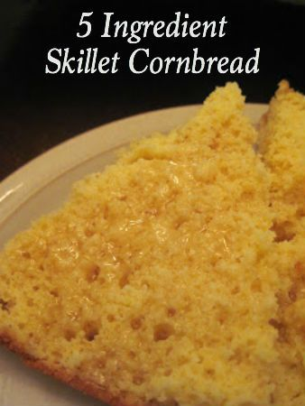 making corn bread in a cast iron frying pan simple southern cornbread ...
