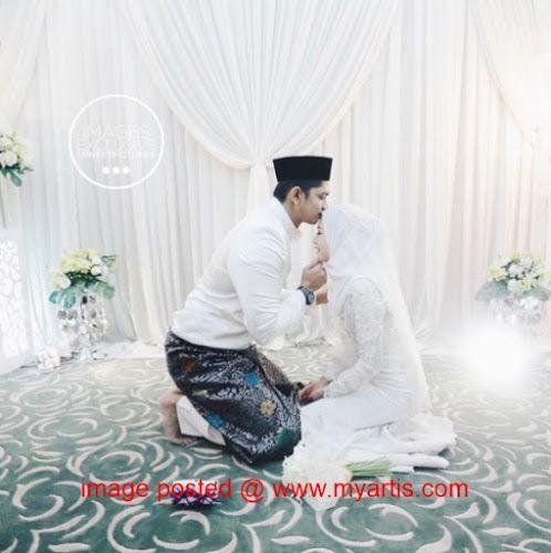 49 GAMBAR - SEKITAR MAJLIS AKAD NIKAH & RESEPSI IDZHAM ISMAIL & ISTERI   Semalam telah berlangsung majlis akad nikah serta resepsi pelakon yang dikenali dengan watak 'Panjang' dalam drama bersiri popular Juvana Idzham Ismail dan isterinya seorang pramugari Arab Saudi Siti Nur Abilah atau Bella. Majlis pernikahan mereka berlangsung di Masjid Shah Alam pada sebelah pagi diikuti resepsi di One City Subang malam semalam. Idzham mengenali Bella sejak Julai tahun lalu. Bermula sekadar menyukai…