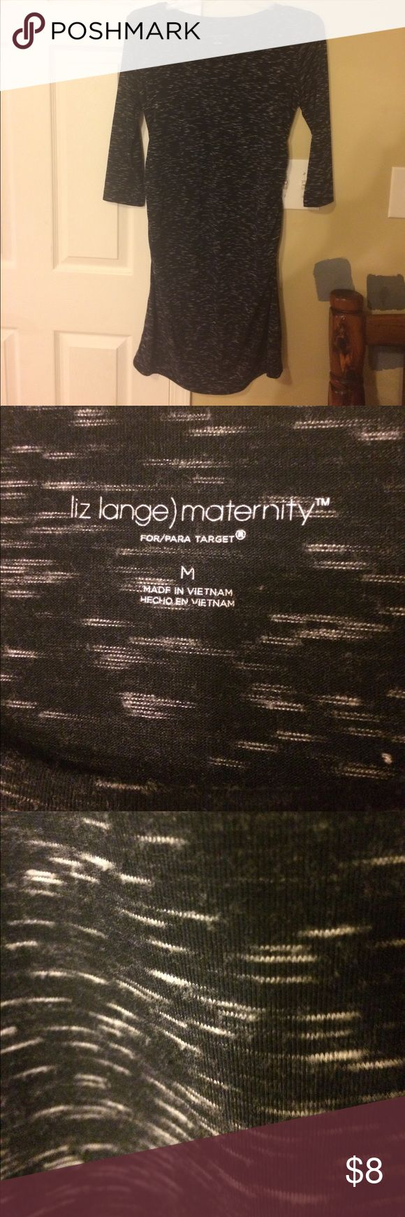 Liz Lange) Maternity Dress Liz Lange Maternity Dress, Black with White mingledly stripes. It's right below the knee, with three quarter length sleeves. Super comfy and cute with a denim vest or a knit cardigan. ☀️ Liz Lange Dresses Midi