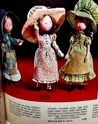 "1975 ad for vinyl 10"" Holly Hobbie dolls"